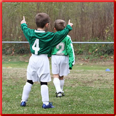 Kinder lieben Fußball