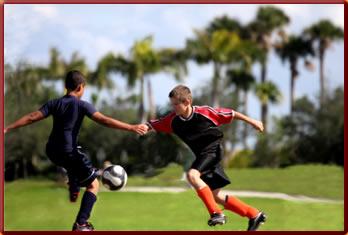 Zweikampf im Fußball
